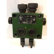 Питатель С32М-4 16 кг/см кв 0,03 л/мин 2 отвода